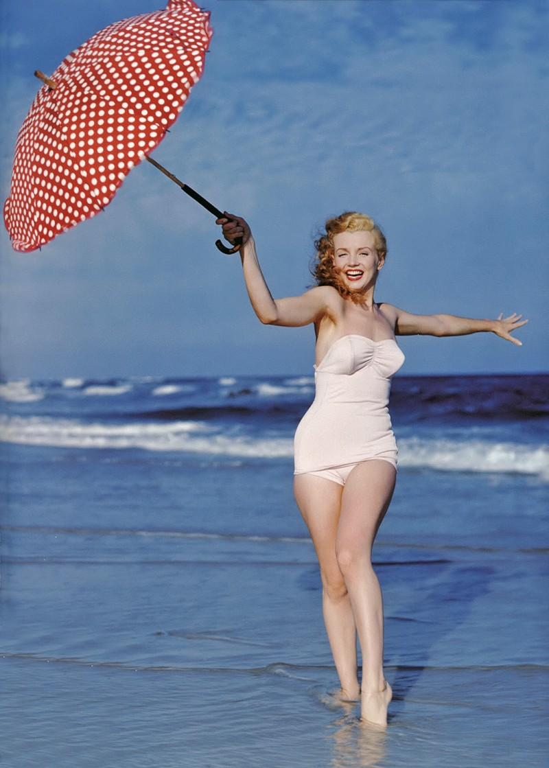 Marilyn_Monroe_1949_Beach_Photoshoot_009